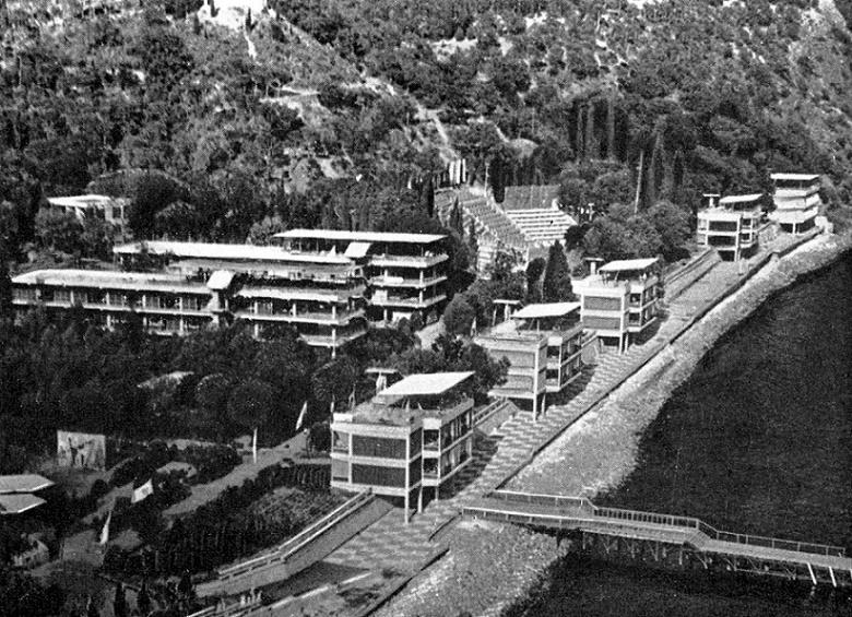Pionierlager Artek, Lager Meer, 1964 (Bildquelle: Kondraschenko, Leonid, Artek, Simferopol 1966)