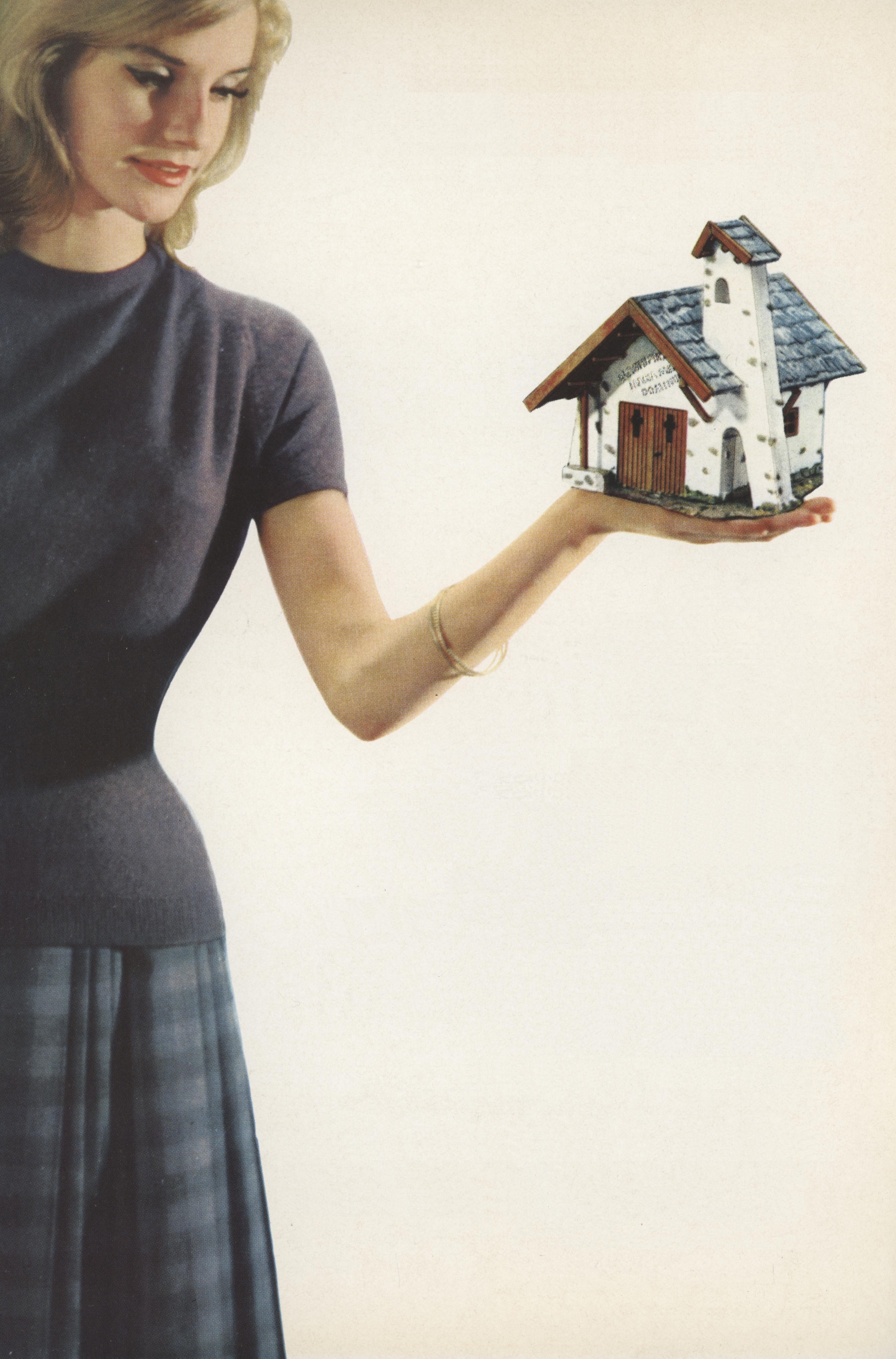 """Nicht ganz maßstabsgerecht, aber äußerst fotogen präsentiert: das Faller-Modell """"Kapelle"""" (Bildquelle: Faller-Katalog 1961/62)"""