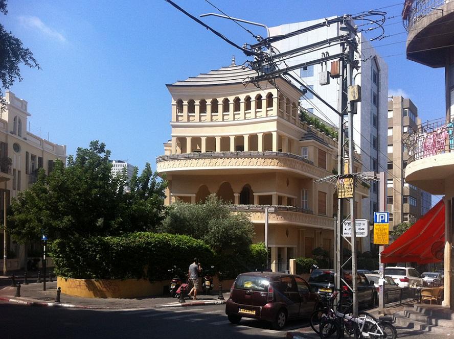 Tel Aviv, Pagodenhaus (1924, Alexander Levy) (Bild: A. Klei)