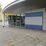 Unter der Kuppel an der Lübecker Straße wurden die Läden neu verkleidet (Bild: K. Berkemann)