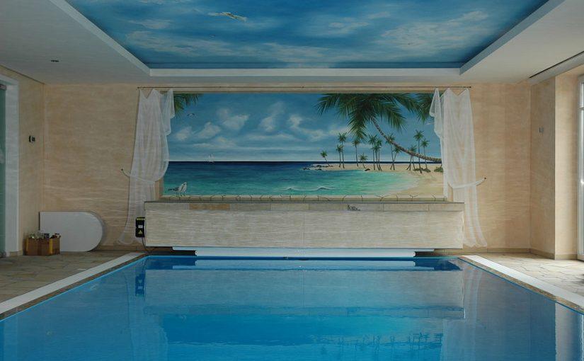 Schwimmbad mit Illusionsmalerie von Volker Wunderlich (Bild: PD, via wikimedia commons)