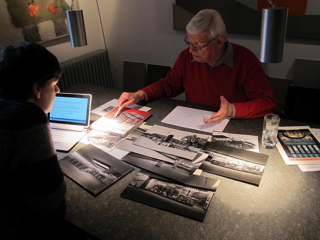 Friedhelm Grundmann mit Karin Berkemann im Gespräch über U-Bahn-Bau (Bild: D. Bartetzko)