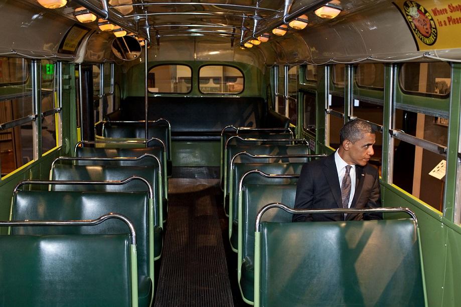 Ob diesen Herren der Charme der US-1950er überzeugen konnte … (Bild: PD)