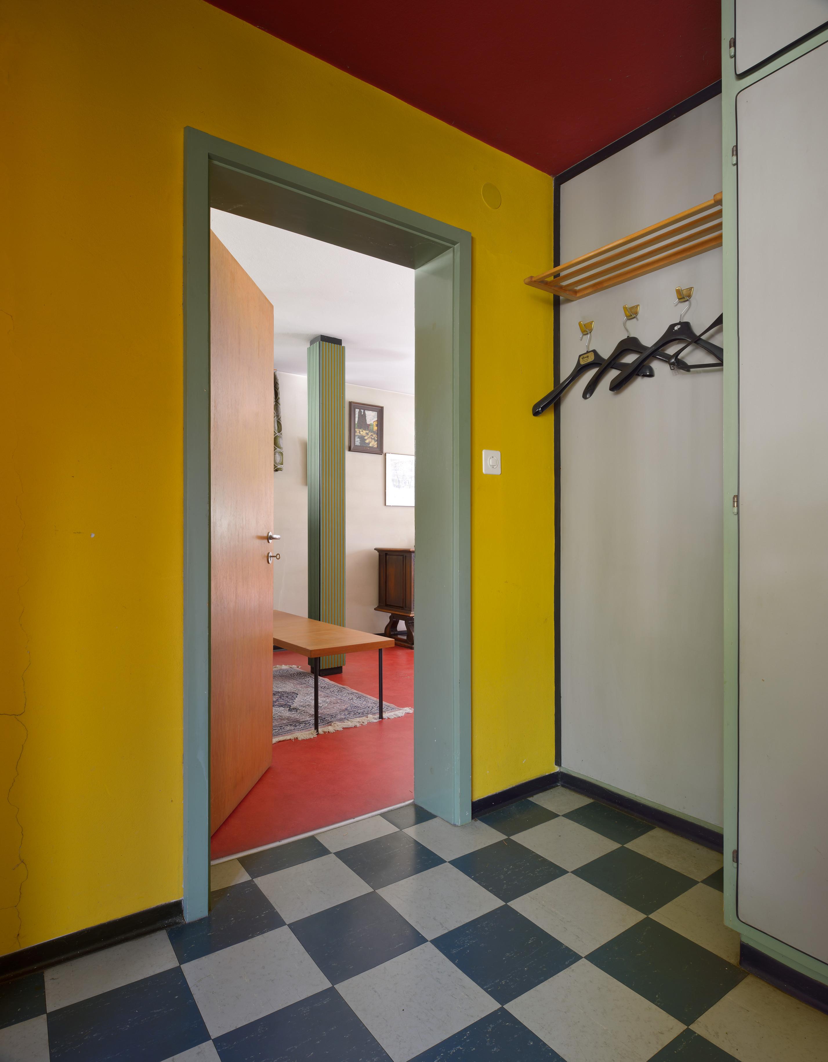 """Das Vorbild für den Faller-Bausatz """"Villa im Tessin"""": die Villa Giovanni Guscetti (1958, Aldo und Alberto Guscetti) in Ambrì im Tessin (Copyright: Hagen Stier)"""