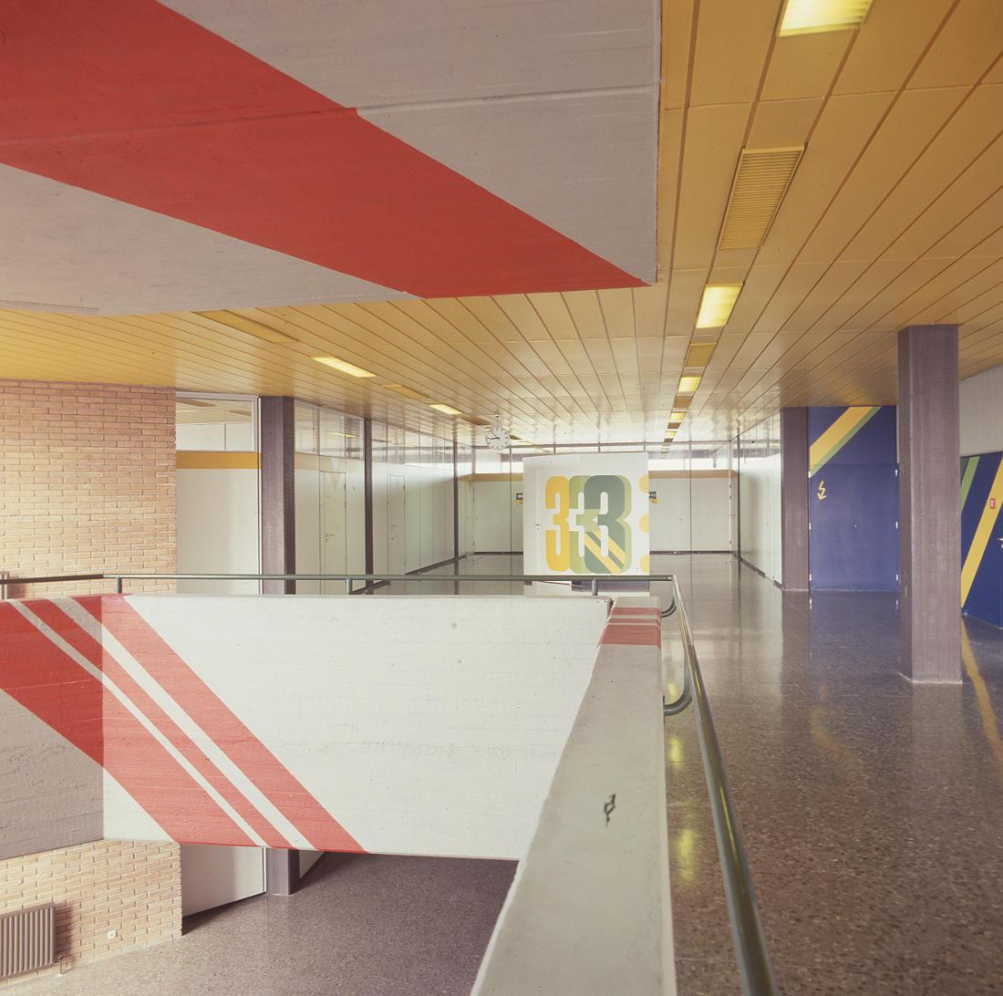 Barcelona, Deutsche Schule, Klassentrakt (Entwurf: Pysall und Rollenhagen, Realisierung: Architekten PJS, 1969–1976 (Bild: SAIB G124)