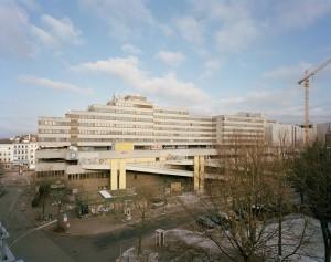 Fluxus in stuttgart moderneregional for Corbusier sessel 00 schneider