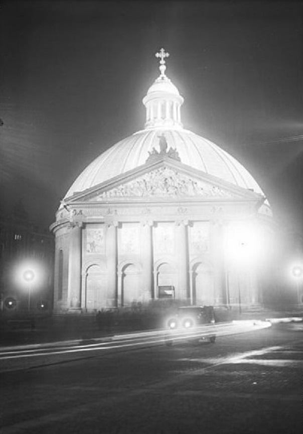 Berlin, St. Hedwigskathedrale, 1928 (Bild: Bundesarchiv Bild-Nr. 102-06684)