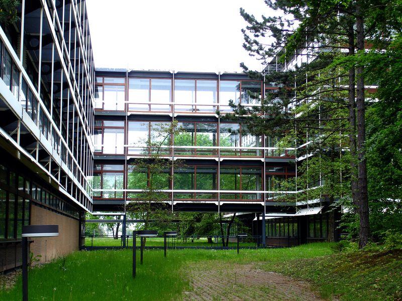 Sich selbst überlassen: Die Stuttgarter IBM-Zentrale (Bild: J.Zinnbauer)