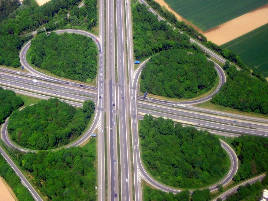 Autobahnkreuz Kaarst (Bild: giggel, CC BY SA: 3.0)