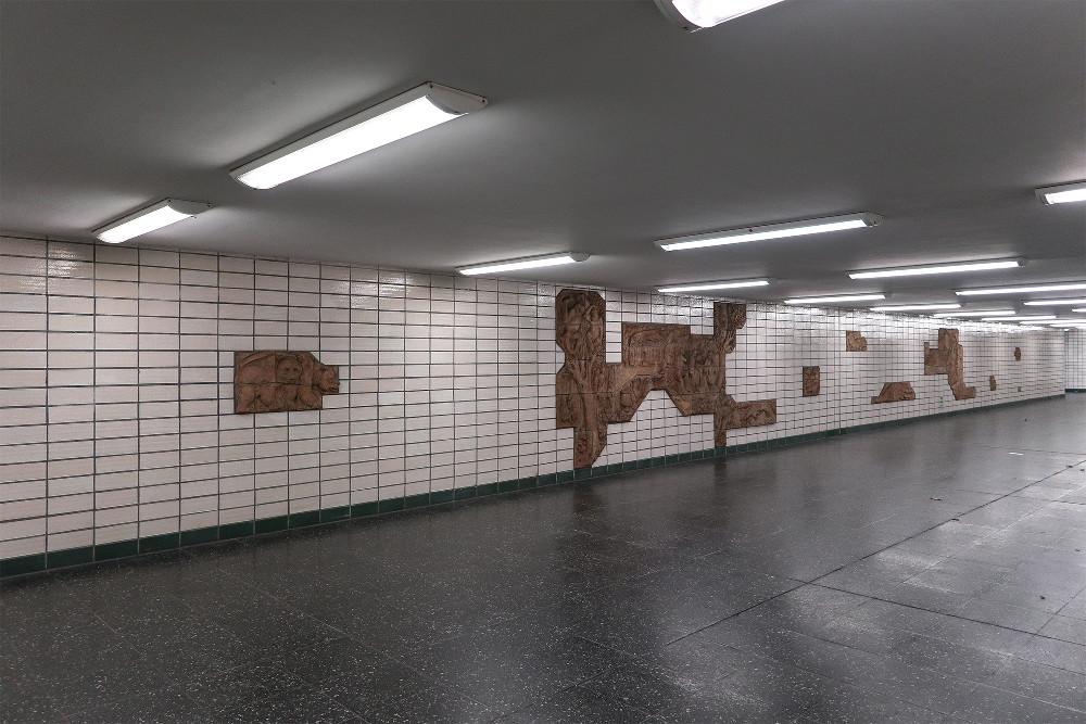 "Berlin, U-Bahnhof ""Tierpark"" (Bild: Martin Maleschka)"