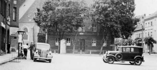 Bad Liebenwerda, Roßmarkt, 1939 (Bild: by BB (family archive), GFDL (http://www.gnu.org/copyleft/fdl.html) oder CC-BY-SA-3.0 (http://creativecommons.org/licenses/by-sa/3.0/)
