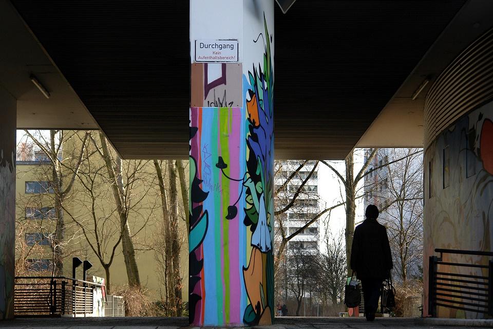 Berlin-Ost, Plattenbau (Bild: Thomas Spier, Apollovision, 2009)