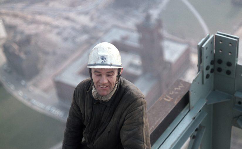 Berlin, Arbeiter beim Bau des Fernsehturmes, 1967 (Bild: Copyright ddrbildarchiv.de/Klaus Morgenstern)