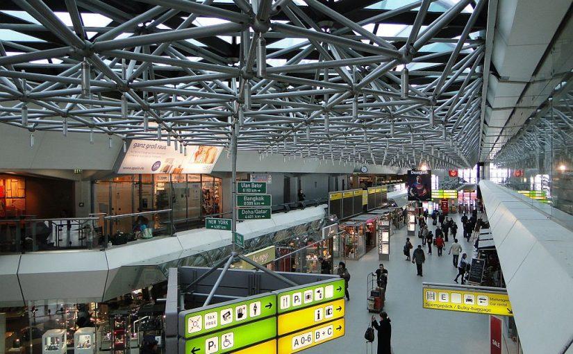 Berlin, Flughafen Tegel 2013 (Bild: Nikolai Karaneshev, CC BY 3.0)