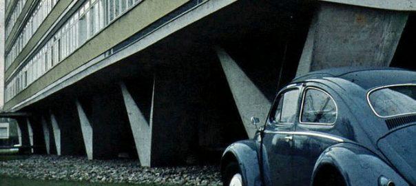 Berlin, Hansaviertel, Niemeyerhaus (Bild: Kurt Weinland (Vater), CC BY SA 3.0, 1957)
