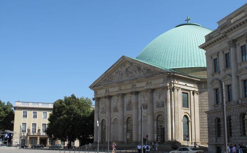 Berlin, St. Hedwig (Bild: Schlaier, gemenfrei)
