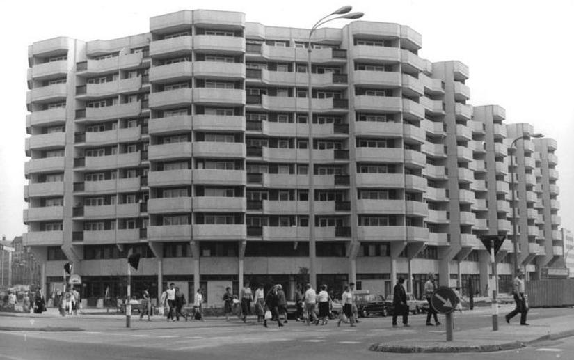 Berlin, Spitteleck noch ohne Werbezug (Foto: Bernd Sednik, Bild: Bundesarchiv, Bild 183-1985-0921-001, CC BY SA 3.0, 1985)