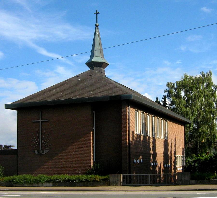 Bielefeld-Stieghorst, Neuapostol. Kirche (Bild: Der wahre Jakob, GFDL oder CC BY SA 3.0, 2010)
