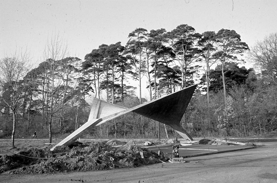 Binz, Buswartehalle (Bild: Müther Archiv)