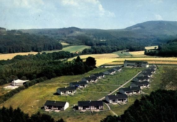 Feriendorf Blomberg (Bild: historische Postkarte, wohl frühe 1960er Jahre)