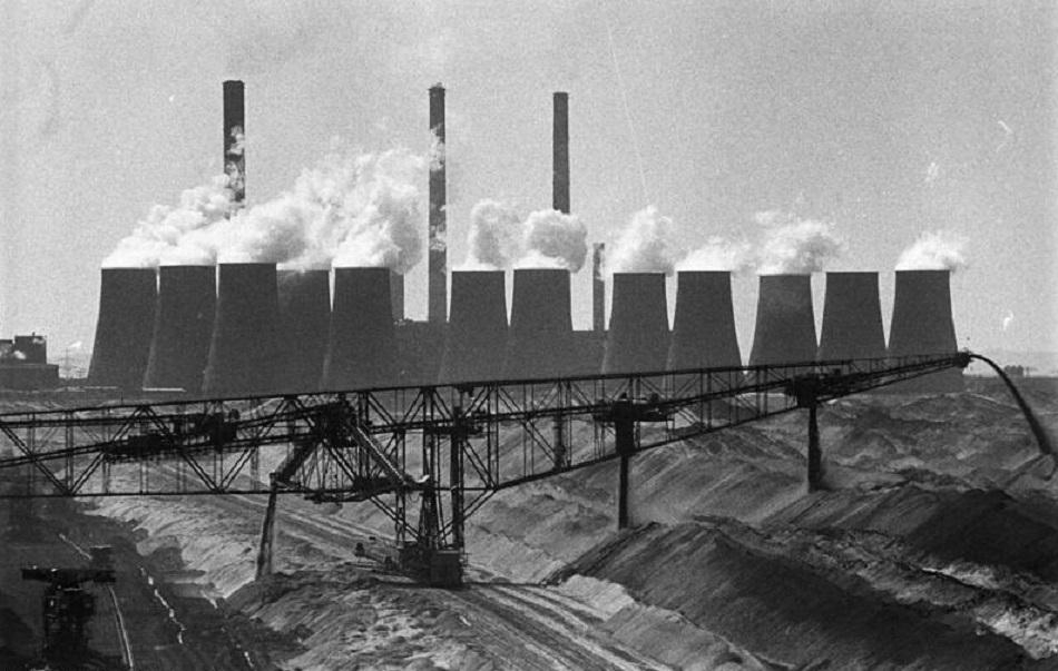 Kraftwerk Boxberg (Foto: Rainer Weisflog, Bild: Bundesarchiv BIld 183-1990-0629-013, CC BY SA 3.0)