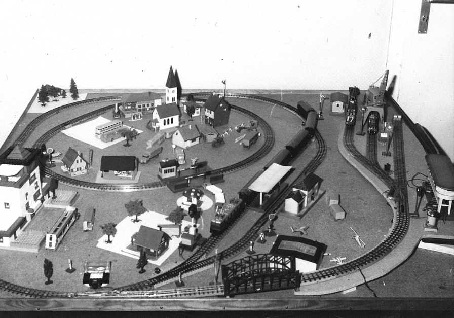 Die Modellbahn-Anlage von Burkhard Pahl in den frühen 1960er Jahren (Bild: privat)