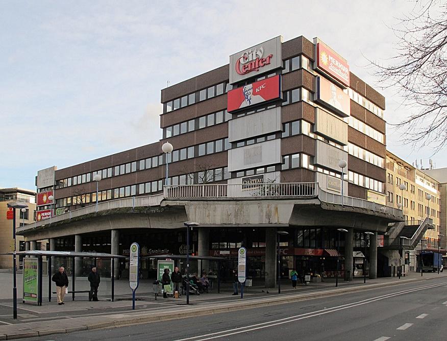 """Die Initiative """"Upper City Center"""" belebt das Mittsiebziger-Einkaufszentrum am Offenbacher Marktplatz neu (Bild; Daniel Bartetzko)"""