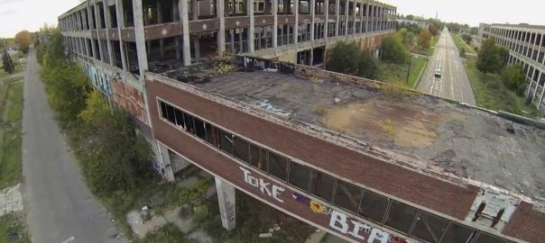 Detroit, Packard Plant ca. 2015 (Bild: Youtube-Still)
