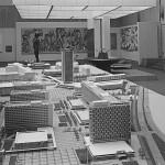 """Dresden, Modell der Prager Straße in der Ausstellung """"Kulturvoll leben in sozialistisch gestalteter Umwelt"""", Planungsstand 1969 (Bild: SLUB Dresden/Deutsche Fotothek, Foto: Krentzlin)"""