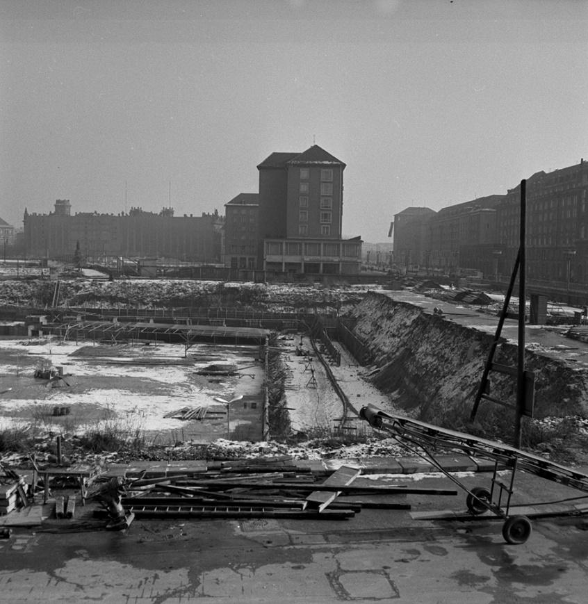 Dresden, Kulturpalast, Fundamentarbeiten, 1967 (Bild: Erich Braun, CC BY SA 3.0)