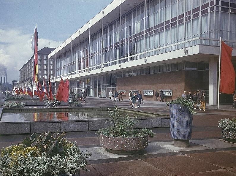 Dresden, Kulturpalast, nach 1970 (Foto: Richard Peter, Bild: Deutsche Fotothek df ld 0003137 001, CC BY SA 3.0)