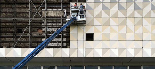 Robotron-Fassade bald im Freizeitpark?