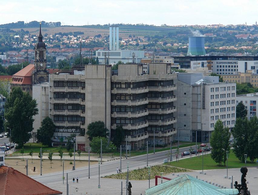 Dresden, ehemaliges Fernmeldeamt (Bild: Kolossos, GFDL oder CC BY SA 3.0-2.5-2.0-1.0, 2009)