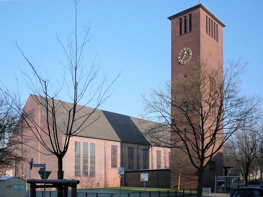 Essen-Vogelheim, St. Thomas Morus (Bild: Wiki05, gemeinfrei, 2008)