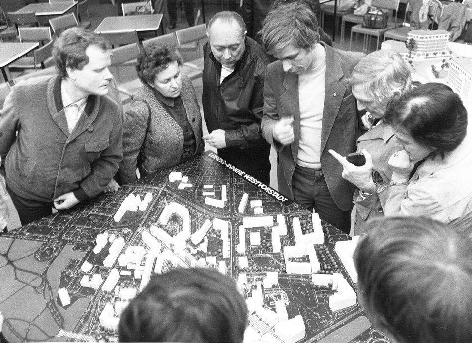 """Experimente im Plattenbau. Das Leipziger Kollonadenviertel (Bild: AIV Berlin)"