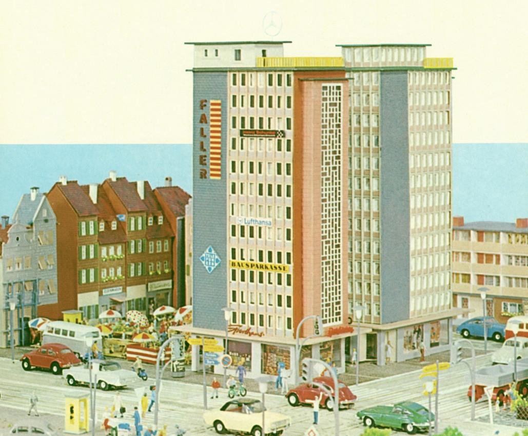 "Faller-Bausatz ""Hochhaus"" (Bild: historischer Katalog)"