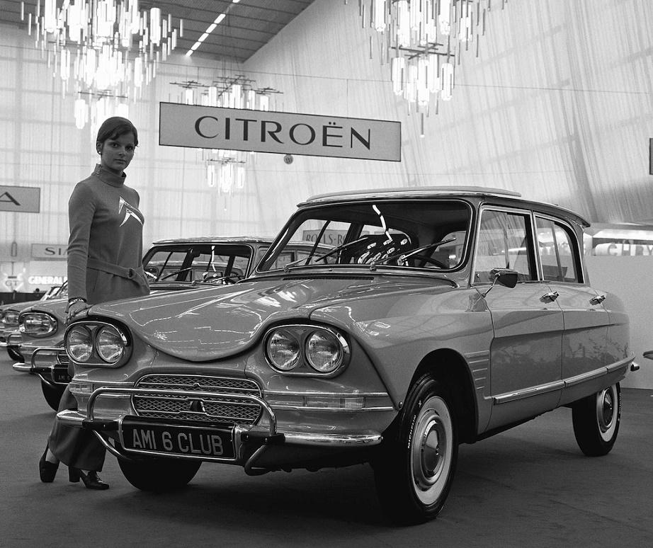 Flaminio Bertoni: der Citroën AMI 6 aus dem Jahr 1961 (Bild: historische Aufnahme)