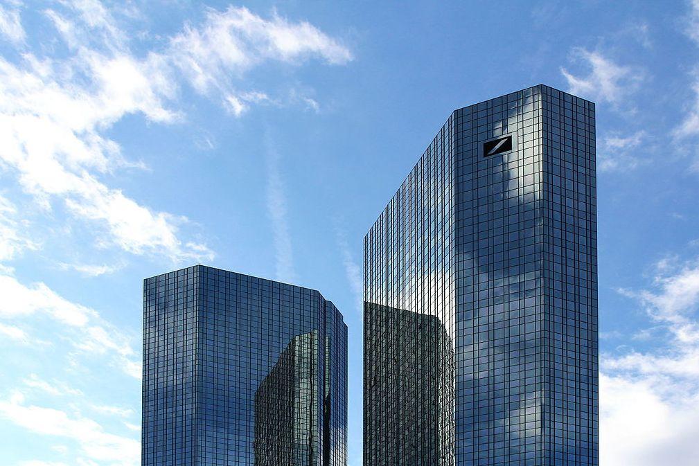 Frankfurt am Main, Deutsche Bank (Bild: Nordenfan, CC BY SA 4.0, 2015)