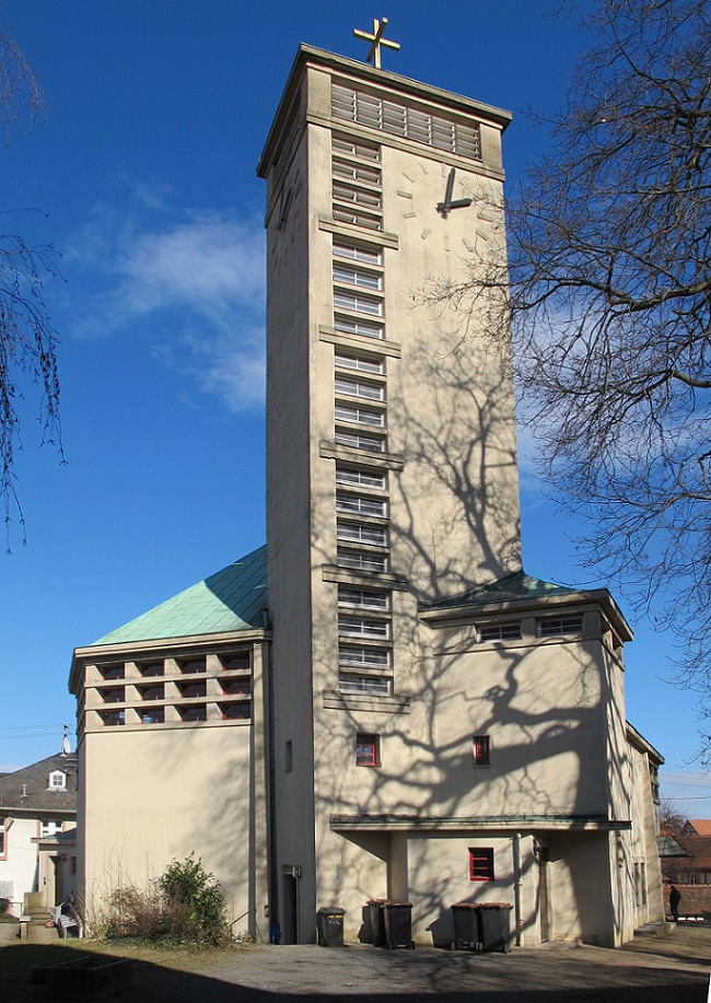 Frankfurt-Niederursel, Gustav-Adolf-Kirche (Bild: Daniel Bartetzko)