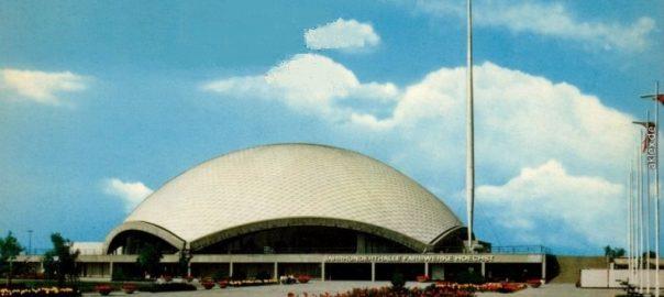 Frankfurt am Main, Jahrhunderthalle (Bild: historische Postkarte)