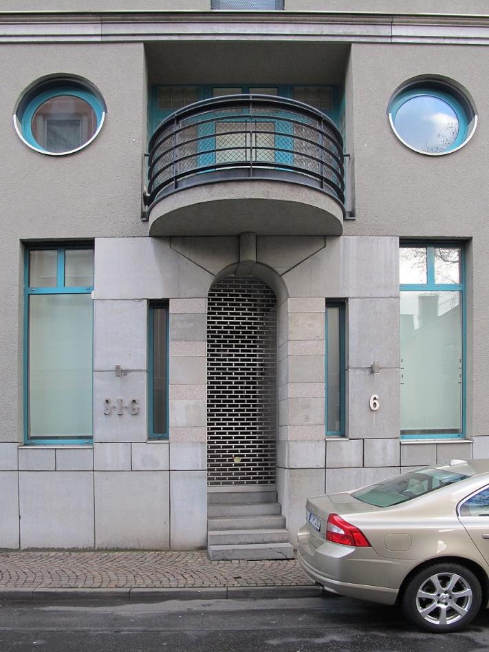 Frankfurt am Main, Saalgasse 6, Eingang (Bild: Daniel Bartetzko)