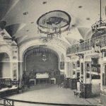 Der Vorgänger des heutigen Bauwerks: das 1902 errichtete und 1951 wiederhergestellte Frankfurter Schauspielhaus (Bil: gemeinfrei, nach 1902)
