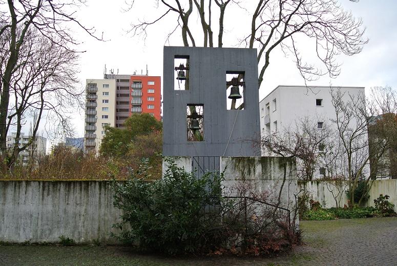 Frankfurt am Main-Heddernheim, Cantate Domino (Walter Schwagenscheidt/Tassilo Sittmann, 1966) (Bild: Gaki64, CC BY SA 3.0)