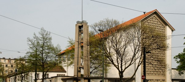 Düsseldorf, Frankziskanerkirche, 2009 (Bild: Wiegels, GFDL oder CC BY SA 3.0)