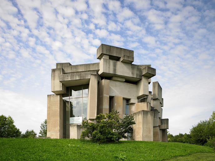 Wien-Mauer, Dreifaltigkeitskirche (Fritz Wotruba, 1971-76 (Foto: Wolfgang Leeb, 2011)