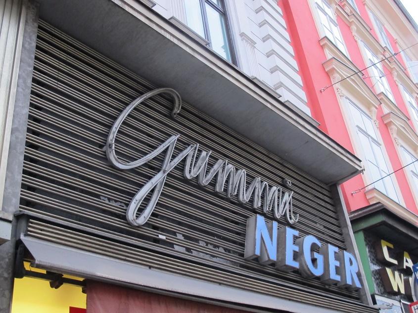 Graz, Gummi-Neger (Bild: D. Bartetzko)
