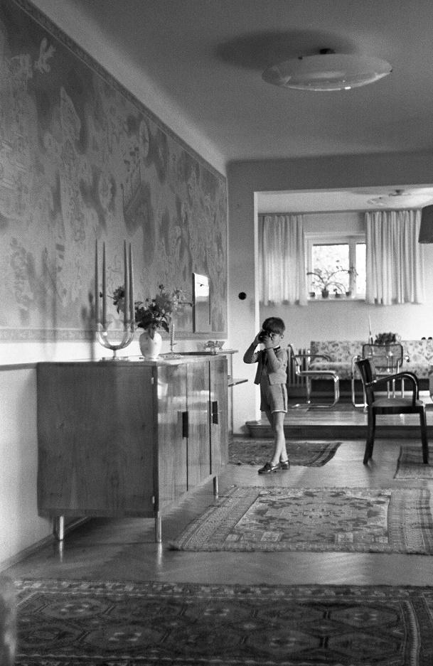 das haus albrecher leskoschek in graz im speisezimmer bild sammlung heimo halbrainer. Black Bedroom Furniture Sets. Home Design Ideas