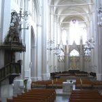Die historische Achse: der Blick zum Hochchor im Osten des Greifswalder Doms (Bild: Greifen, gemeinfrei)
