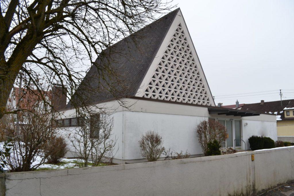 Günzburg, Neuapostol. Kirche (Bild: Verkaufsanzeige, via mapio.net)