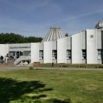 Das Planetarium auf der Peißnitzinsel in Halle (Saale) im Jahr 2003 (Bild: Stadt Halle (Saale), Thomas Ziegler)